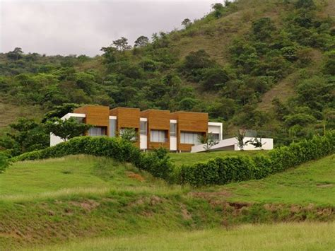 Q Design Home Colombia : Lot 23 House In Colombia By Juan Esteban Correa
