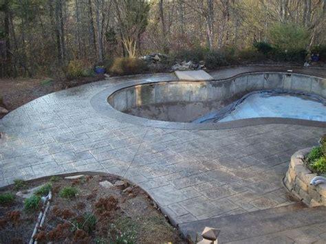 best 25 concrete pool ideas on raised pools