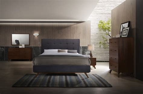 Modrest Addison Midcentury Modern Grey & Walnut Bedroom