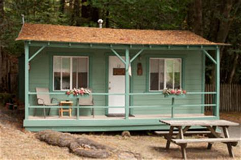 One Room (Motel Style) Cabin on the Avenue of the Giants