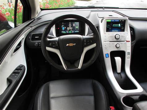 chevrolet volt review cars  test drives