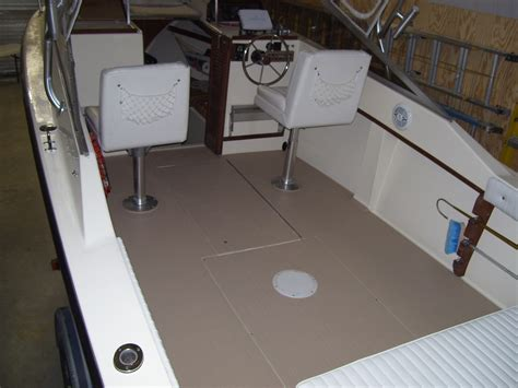 Rhino Liner For Boats by Spray On Liner In Boats The Hull Boating And
