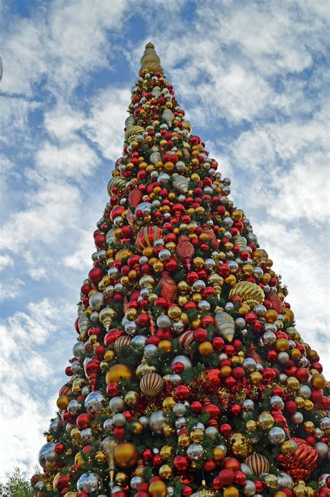 amazing disney christmas tree decorations ideas
