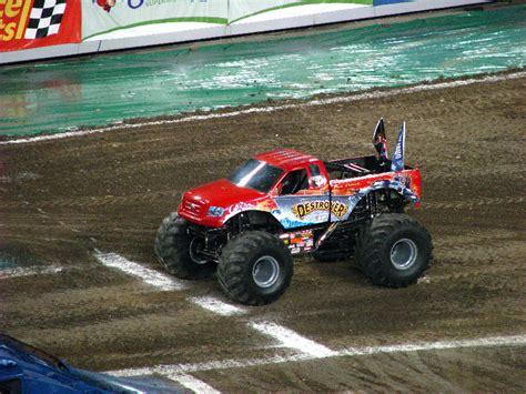 monster truck show south florida monster jam raymond james stadium ta fl 029