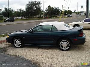 Deep Forest Green 1994 Ford Mustang