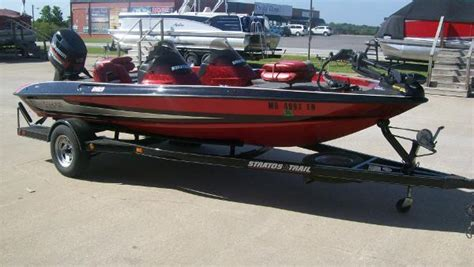 1998 Challenger Bass Boat by Stratos 219 Dc Boats For Sale