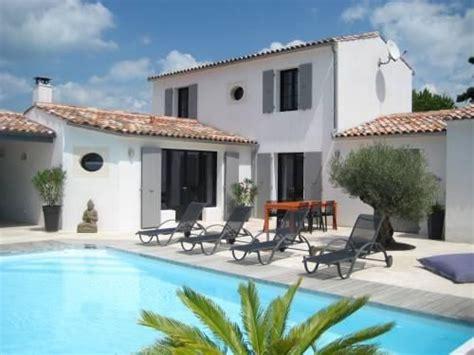 chambres d hote la rochelle villa avec piscine extérieur rétais sur l 39 île de ré