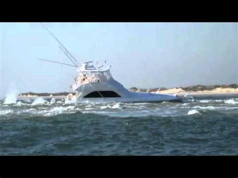Boat Sinking In Jupiter by Boat Goes Vertical At Boynton Inlet Doovi