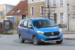 Prix D Une Dacia : dacia lodgy 2015 prix et nouvelle gamme du monospace dacia l 39 argus ~ Gottalentnigeria.com Avis de Voitures