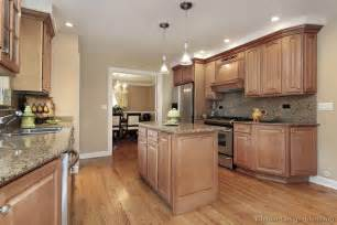 pictures of kitchens traditional light wood kitchen cabinets page 7