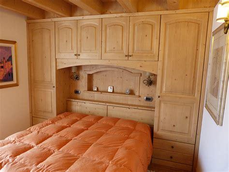 arredamento su misura realizzazione mobili su misura per camere da letto