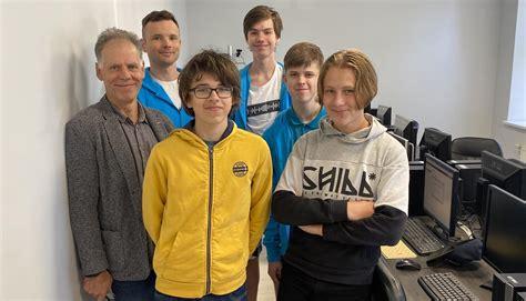 Pirmo reizi Eiropas jauniešu informātikas olimpiādē ...