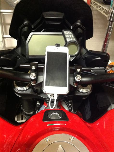 multistrada iphone  charger page  ducatims