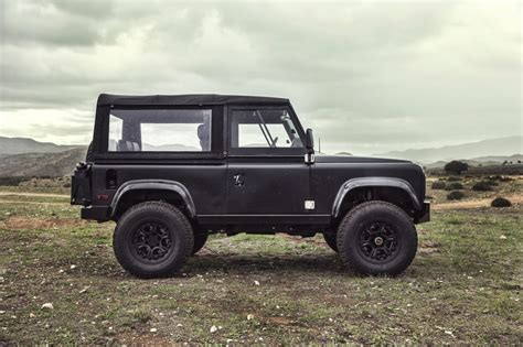 Icon Land Rover Defender D90 Ls3 V8