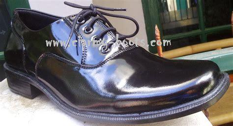 Jual Sepatu Pantofel Kulit Glossy Harga Sepatu Yongki Komaladi Wanita 2017 Yg Cocok Untuk Gamis Syari Kulit Awet Olahraga Murah Yogyakarta Adidas Fila Bagus Tidak Kanvas Yang Pengrajin