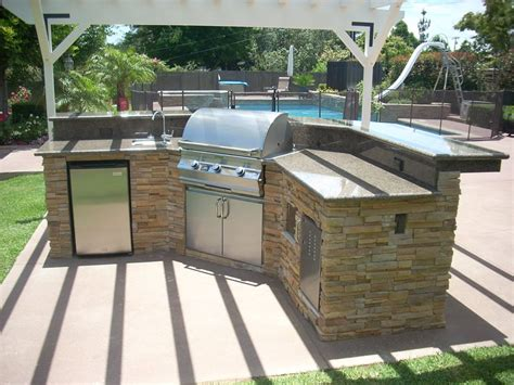 outdoor kitchens outdoor kitchen cabinets creations