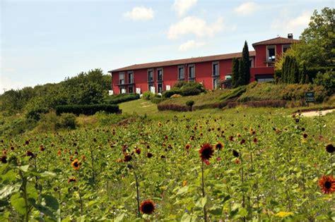 chambres d hotes bourgogne sud la montagne de brancion hôtel de charme 4 et restaurant