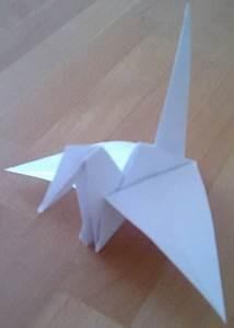 Origami Kranich Anleitung : der origami kranich faltkunst origami faltstore ~ Frokenaadalensverden.com Haus und Dekorationen