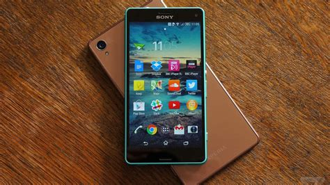 sony xperia    compact review  verge
