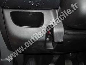 Einbauort Den Obd2-stecker In Fiat Bravo 2  2007