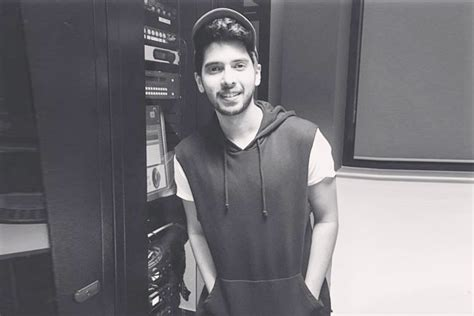 10 Things You Must Know About Armaan Malik