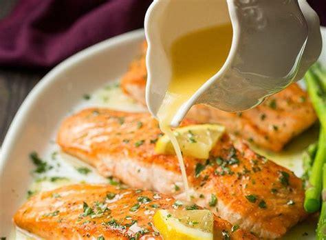 cuisiner saumon entier notre recette de saumon au beurre à l 39 ail et citron est