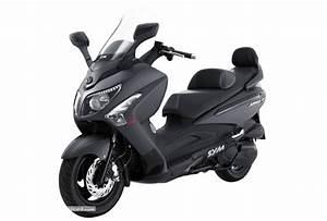 Maxi Scooter Occasion : pr sentation du maxi scooter sym gts 300i ~ Medecine-chirurgie-esthetiques.com Avis de Voitures