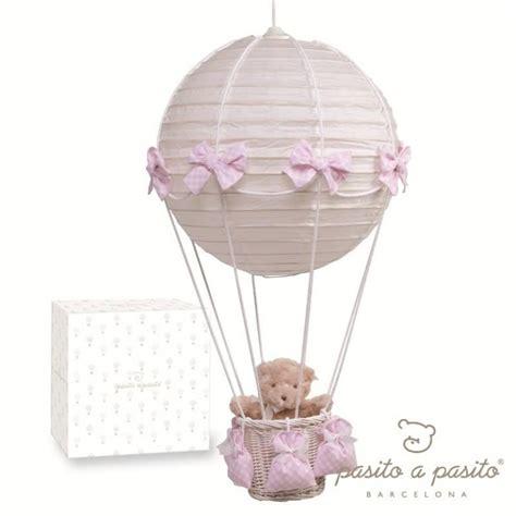 abat jour chambre bébé garçon pasito a pasito le montgolfière carreaux