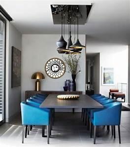 Retro Esstisch Stühle : wohnideen esszimmer retro einrichtung blaue st hle wand k che pinterest esszimmer ~ Markanthonyermac.com Haus und Dekorationen