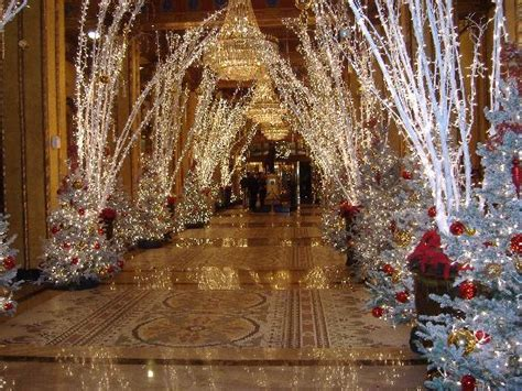 The Roosevelt Hotel New Orleans Christmas Decorations by Lobby Picture Of The Roosevelt New Orleans A Waldorf