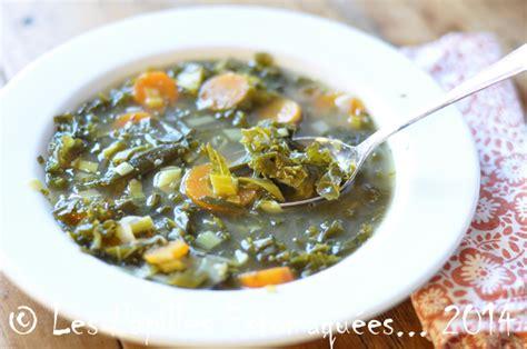 soupe de chou frisé kale aux carottes et poireaux les
