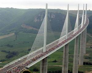 Millau Viaduct, France - Photos - World's most incredible ...