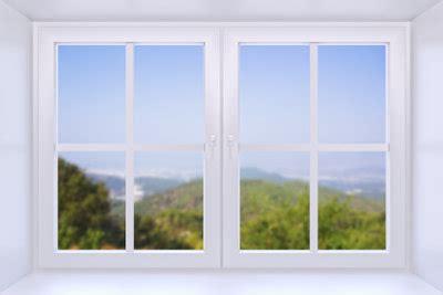 fenster holzrahmen putzen kunststofffenster reinigen