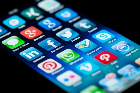 social media apps  avenue  cyber bullying