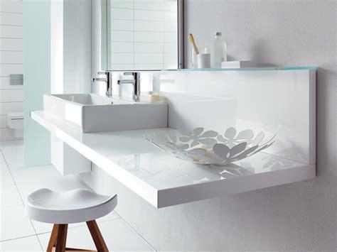 White Modern Bathroom by Modern Bathroom Inspiration