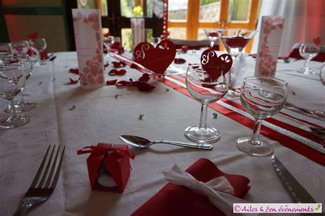 decoration salle mariage romantique d 233 coration de mariage sur le th 232 me amour romantique en blanc et argent