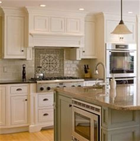 Light Sage Green Kitchen Cabinets by 1000 Ideas About Sage Green Kitchen On Pinterest Green