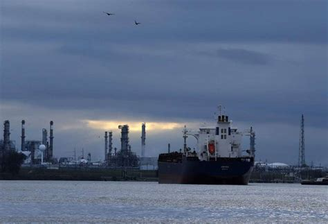 Energy Companies Fret Houston Ship Channel Traffic