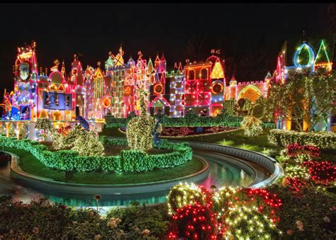 decorating ideas for christmas around the world 30 absolutely beautiful decorations from around the world hongkiat