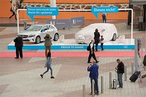 Car2go Flughafen München : sheep content so witzig werben car2go und scholz friends am m nchner flughafen ~ Orissabook.com Haus und Dekorationen