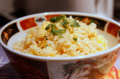 cuisiner un reste de riz riz frit chez requia cuisine