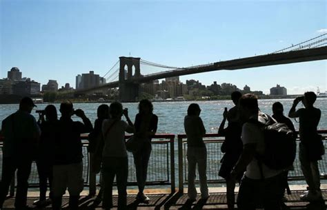 New York Sets Tourism Record In 2012  Ny Daily News