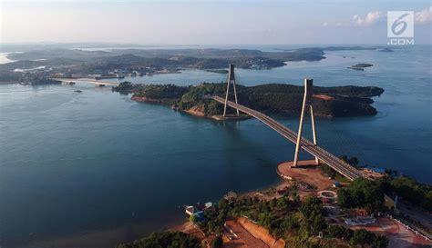 foto pesona jembatan barelang ikon kota batam  udara