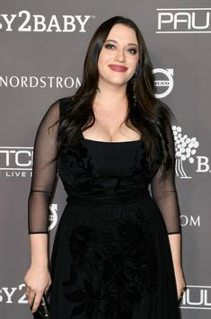 Kat Dennings Side Cleavage Very Big Milf