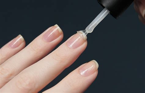 Что такое праймер для ногтей и как правильно его наносить?