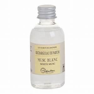 Parfum Musc Blanc : recharge eau de parfum musc blanc lothantique pour vaporisateur de sac provence ar mes ~ Teatrodelosmanantiales.com Idées de Décoration