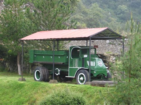 mack volvo trucks mack trucks in military service wikipedia