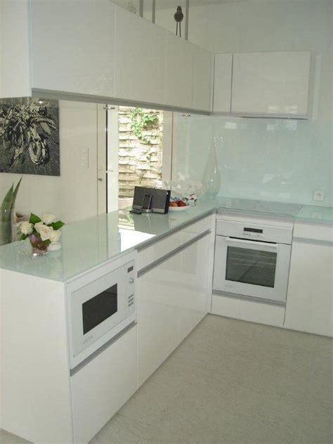 plan de travail cuisine verre plan de travail en verre blanc de conception de maison