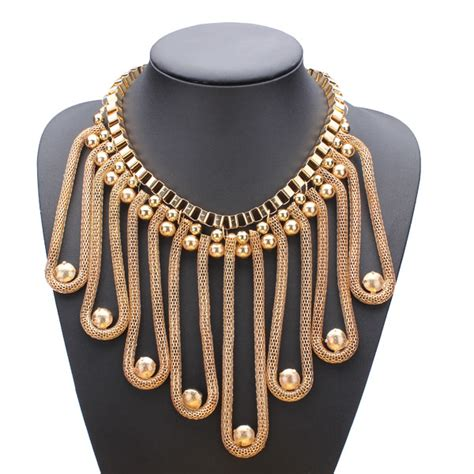 new arrival fashion style gold plated alloy snake shape gold plated snake chains tassel statement bib necklace