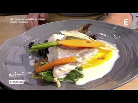 cuisiner lieu jaune recette dos de lieu jaune potimarron blettes et chignons